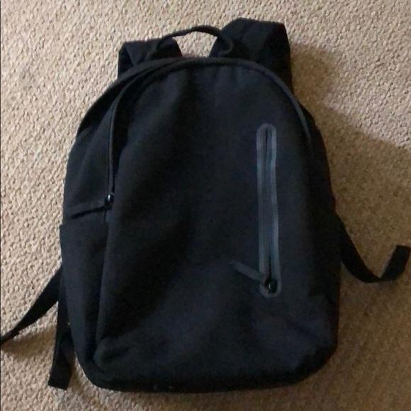 dbe9e54fd1f1 Everlane Handbags - Everlane Women s Modern Commuter Backpack